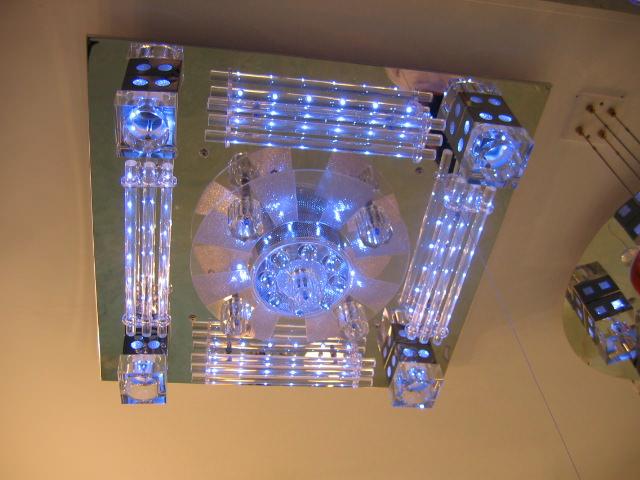 Люстра из светодиодных лампочек
